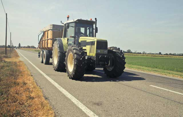 macchina agricola patente B