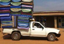 carico sporgente auto