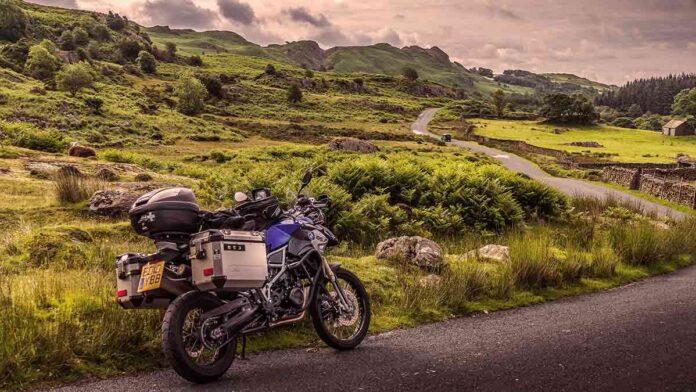 carico sporgente motocicli